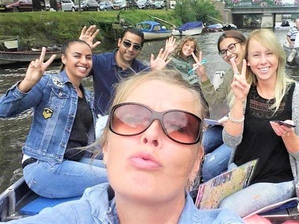 Günstige Grachtenfahrt Amsterdam Boats4rent Bootsverleih