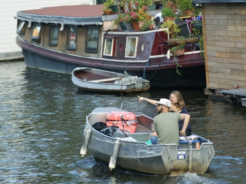 Grachtenfahrt Amsterdam Elektroboot mieten Boats4rent