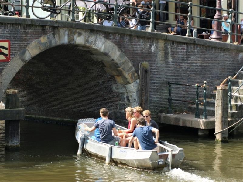 Private Grachtenfahrt Amsterdam Boot mieten Boats4rent