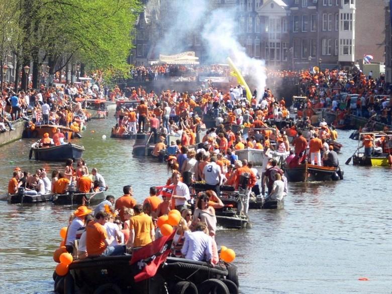 Boot mieten Königstag Amsterdam Boats4rent