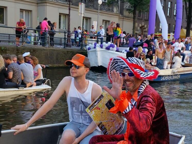Gay Pride Boot mieten Boats4rent